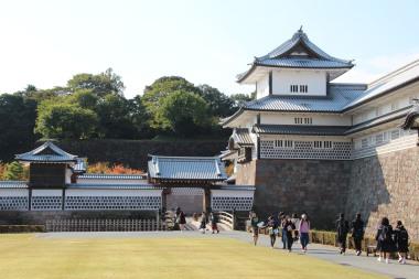 kanazawa-chateau-13