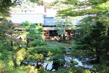 kanazawa-jardin-gyokusen-en-maison-de-the-2