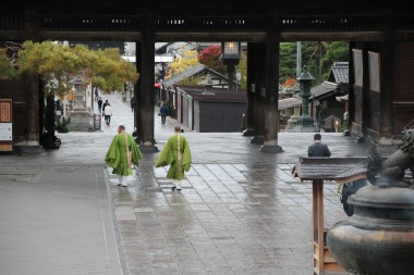 nagano_temple-zenko-ji-19