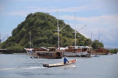 (20) voyage-indonesie-labuan bajo port (16)
