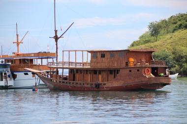 (20) voyage-indonesie-labuan bajo port (9)