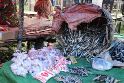 voyage-indonesie-waitabula marché (3)