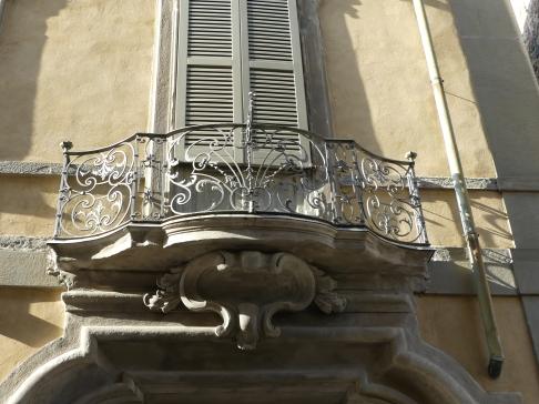 voyage-italie-bergamo-balcons (1)