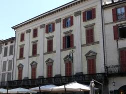 voyage-italie-bergamo-piazza-vecchia (6)