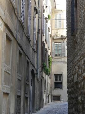 voyage-italie-bergamo-ruelles (15)